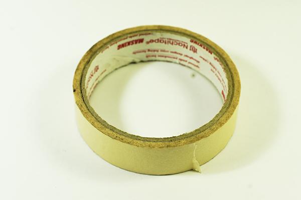 masking tape untuk ngebikin hiasan dinding menyala dari el wire
